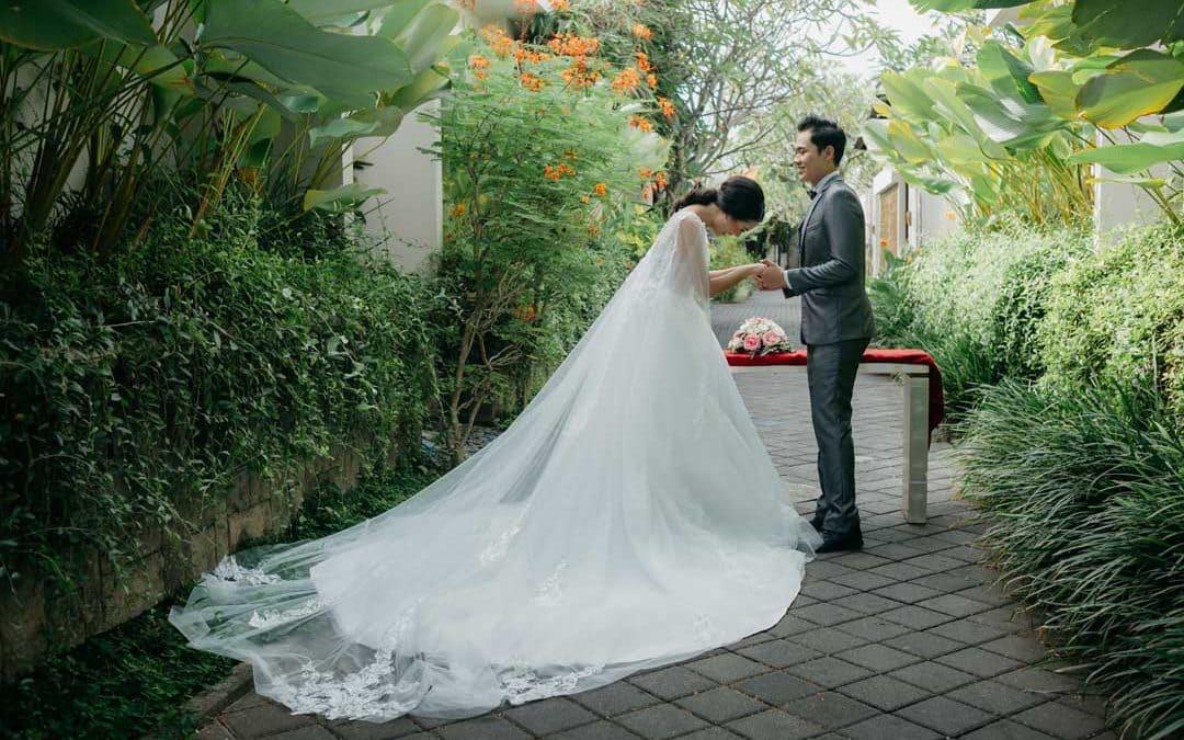 berry amour wedding