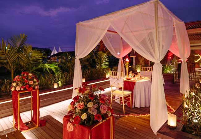 Royal-Romantic-Dinner