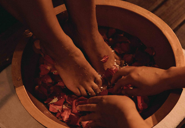 Foot-Washing-Rituals-1